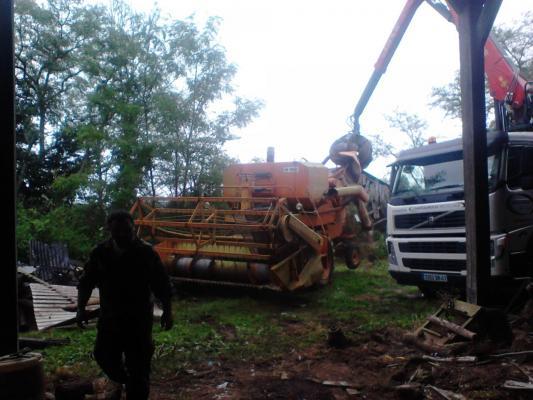 Débarras d'une ancienne ferme agricole a Vatan 36 Indre